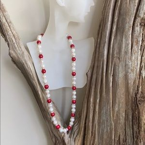 Necklace with pearls beads and crystal